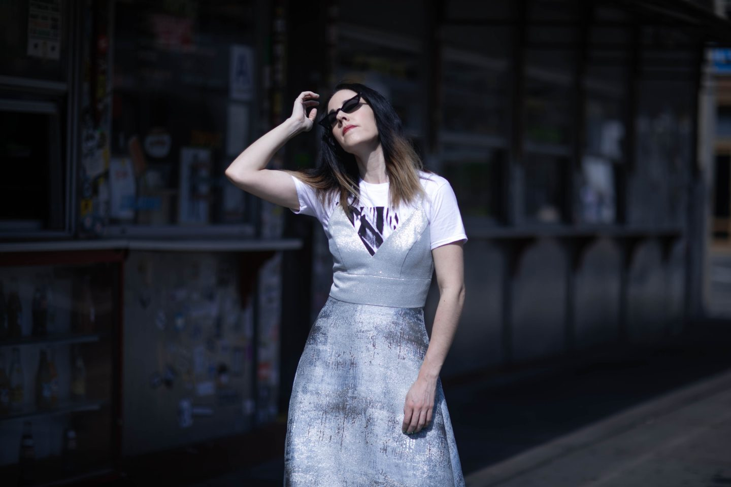 90's Style x Rent The Runway Badgley Mischka Blue Metallic Dress x Poppy Lissiman Le Skinny Sunglasses