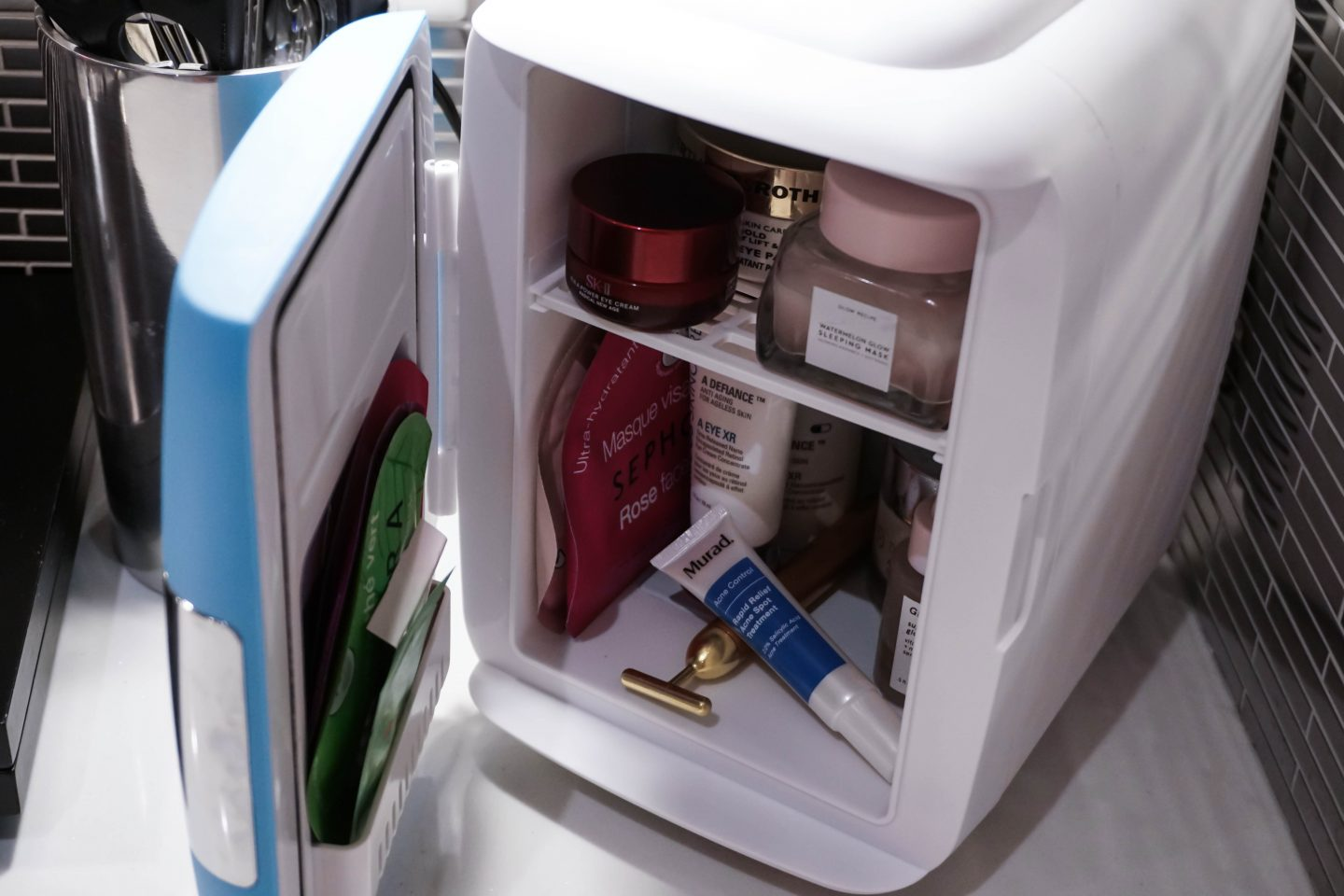 Beauty Mini Fridge Cooluli Mini Fridge x Beauty Hacks